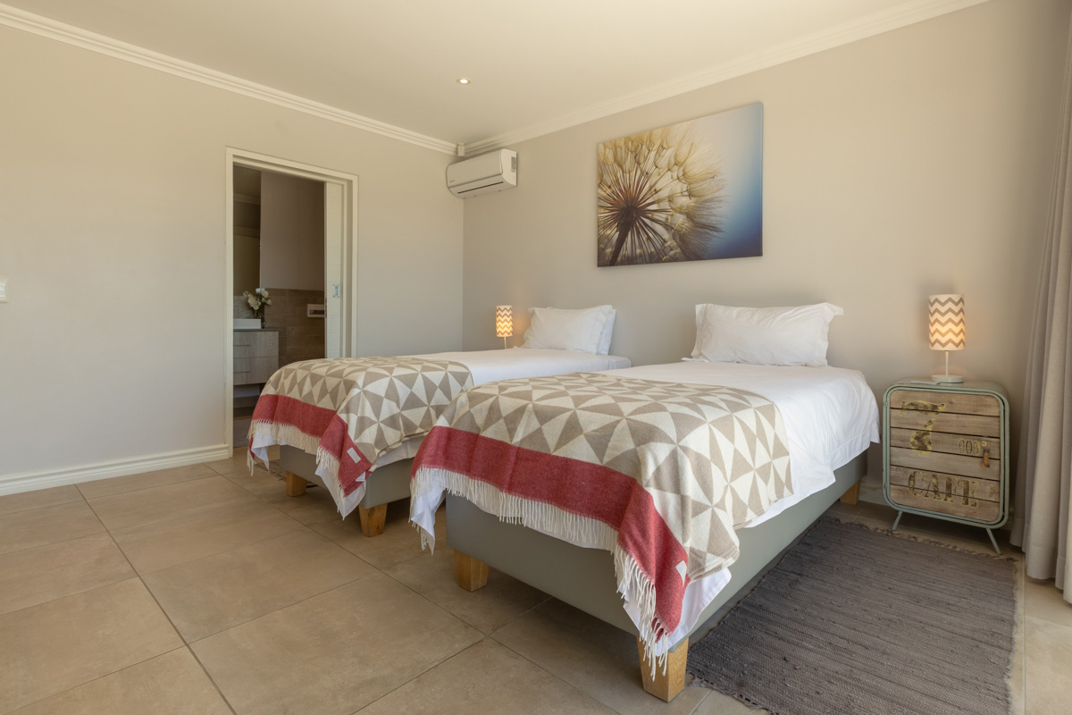 sunrise-bay-accomodation-plettenberg-bay-stay-plett-its-a-feeling-gallery-sea-view-21
