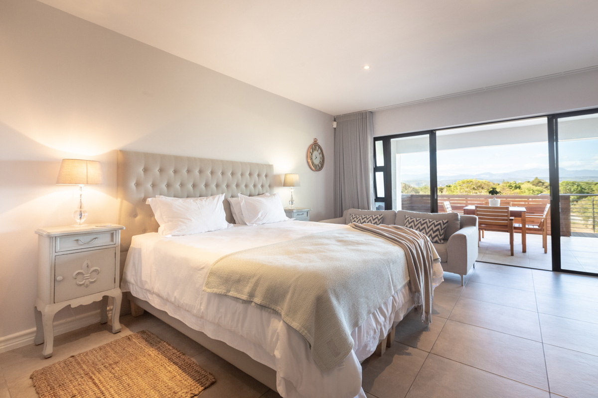 sunrise-bay-accomodation-plettenberg-bay-stay-plett-its-a-feeling-gallery-sea-view-44