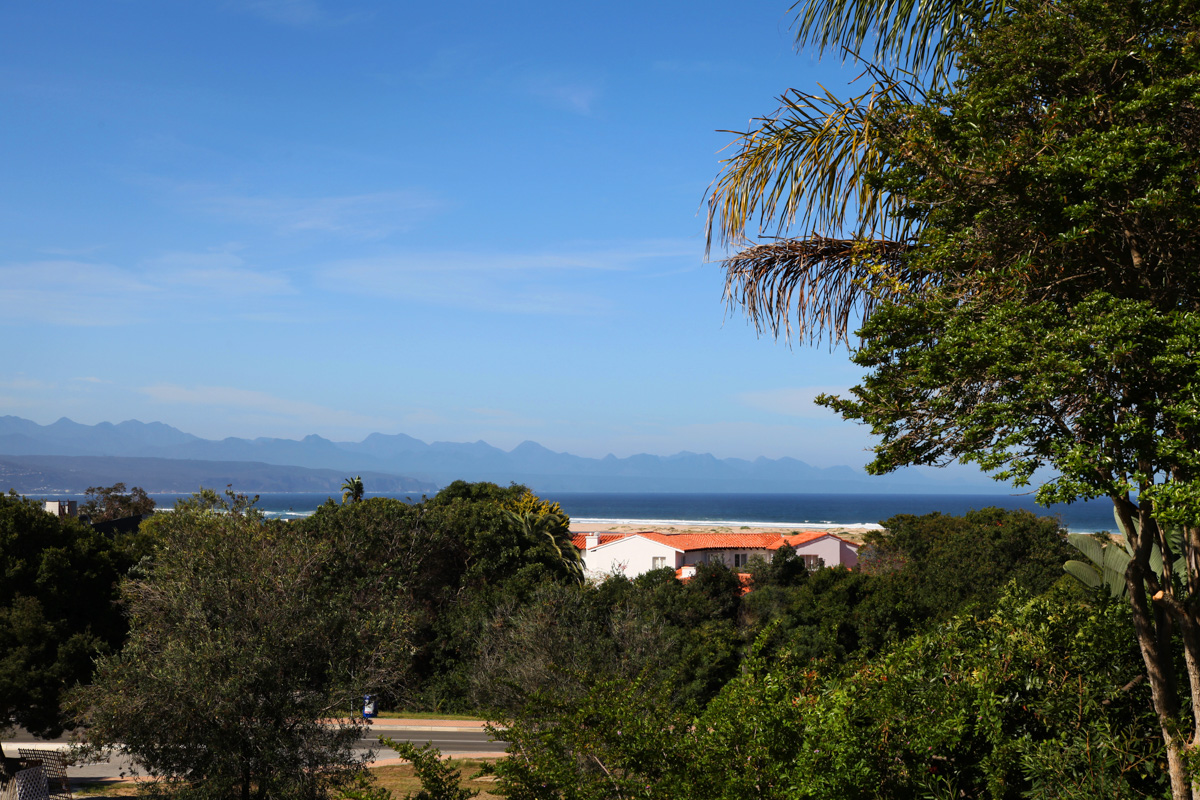 sunrise-bay-accomodation-plettenberg-bay-stay-plett-its-a-feeling-unit-two-sea-view-6